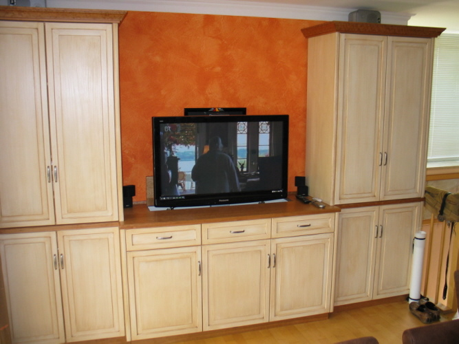 tv schrank lift m belst cke schreinereischirmerde. Black Bedroom Furniture Sets. Home Design Ideas
